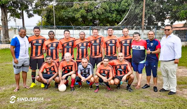 Equipe Ébrios Habituais, formada por servidores da comarca de Bacabal, venceu a eliminatória da Regional Central