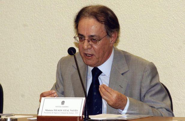 Ministro Aposentado Nilson Naves, Ex-Vice-Presidente do Superior Tribunal de Justiça, contratado pelo SINDJUS-MA para atuar na ADPF 317 e na AÇÃO RESCISÓRIA 36.586/2014.