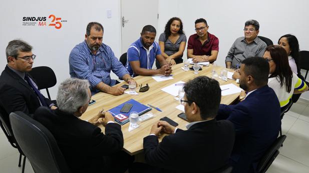 Representantes do Sindjus-MA, Adepol/MA, Sinpol/MA, Sindeducação e da Força Sindical se reuniram com o presidente da Comissão de Direitos Difusos e Coletivos para tratar do PL 014/2019