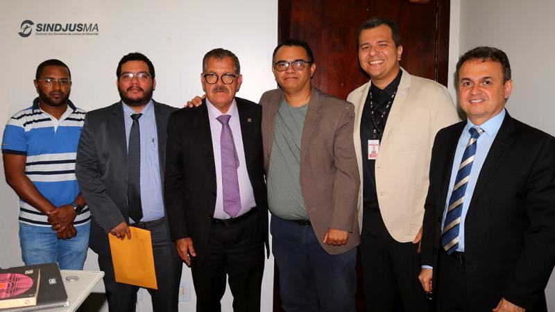 Diretoria do Sindjus-MA se reuniu com o ministro Humberto Martins (terceiro da esquerda para direita) em março deste ano, na ocasião da correição realizada no TJMA