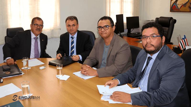 Ministro Humberto Martins, juiz auxiliar Miguel Alvarenga, Aníbal Lins e o advogado Natan Chaves