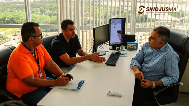 O presidentedo Sindjus-Ma, Anibal Lins, e o secretário geral da entidade, Márcio Luís Andrade, se reuniram com o presidente do Iprev, Mayco Murilo Pinheiro