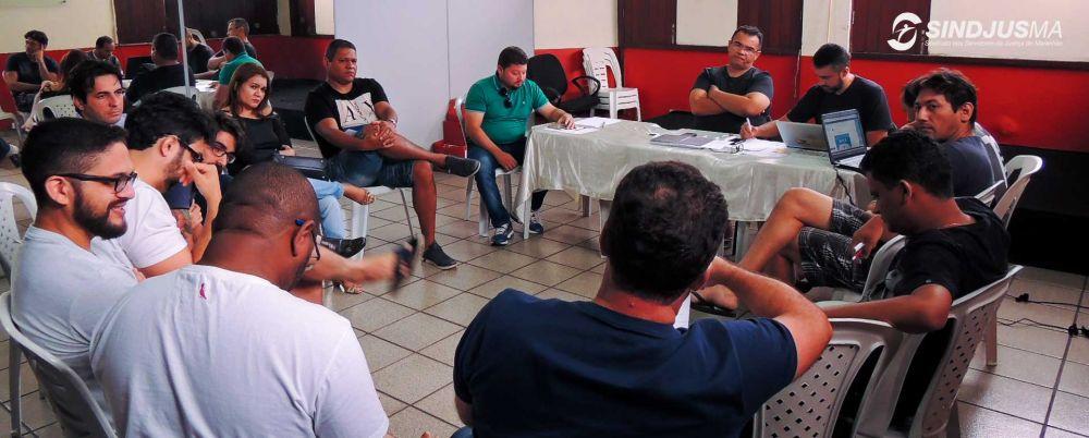 Diretores do Sindjus-MA reunidos no auditório do Sindicato na Rua das Cajazeiras