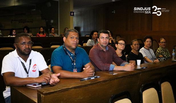 George Ferreira, Marcos Gilson e Márcio Luís acompanharam a sessão direto do Plenarinho