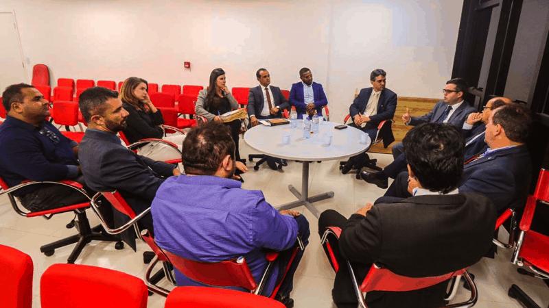 Diretores do Sindjus-MA participaram de reunião na OAB/MA visando promover audiência pública para discutir pagamento de precatórios (Foto: OAB/MA)