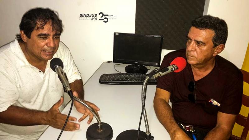 O oficial de justiça Francisco José Araújo Abrunhosa em entrevista à Rádio Santa Rosa FM