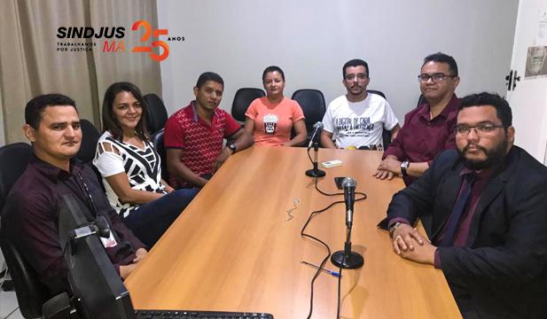 Presidente do Sindjus-MA, Anibal Lins, e o advogado Nathan Chaves, se reuniram nesta quarta-feira (16), com os servidores da Comarca de Alto Parnaíba, localizada no extremo sul do Maranhão