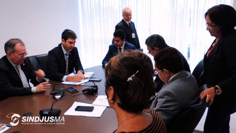 Deputados estaduais membros de Comissões Parlamentares reunidos extraordinariamente
