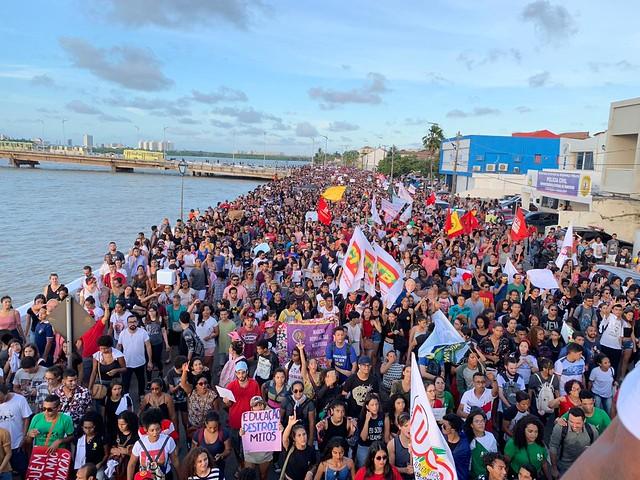Paralisação pela Educação em São Luís no dia 30 de maio. Dia 14 de junho é contra a Reforma da Previdência
