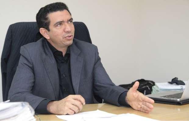 O juiz Douglas de Melo Martins, titular da Vara de Interesses Difusos e Coletivos de São Luís, proibiu a realização de eventos contra o isolamento social em todo o estado do Maranhão