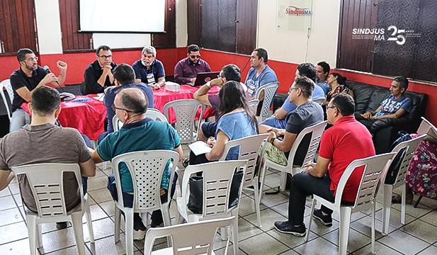 O Conselho de Representantes Regionais do Sindjus-MA reuniu-se no último sábado (12) para debater a respeito de diversos temas relevantes para os servidores do Poder Judiciário do Maranhão